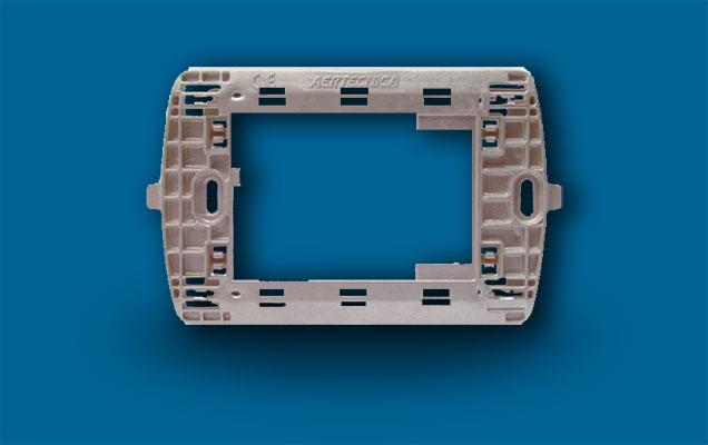 Na673 suporte p/placa bticino light tech cz